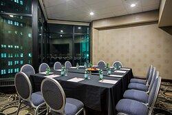 Crowne Meeting Room, 25th Floor