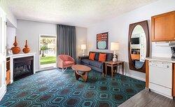 Living - WorldMark Palm Springs