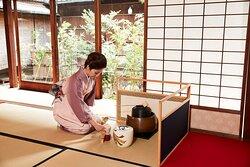 Kimono Tea Ceremony Maikoya Kyoto