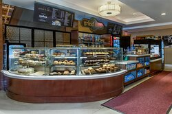Grab a quick bite & coffee at grind & co on the lobby level!