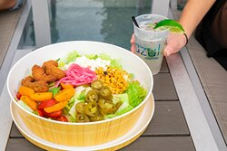 Azul Rooftop Bar + Lounge - Fried Avocado Salad