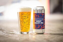 // WE'RE NOW OPEN FROM 14:00 FIVE DAYS A WEEK! // 🍊🌲☀️🌲🍊 Today's pick is Left Handed Giant West Coast IPA with Simcoe Cryo, Citra, Centennial and Columbus hops. Aromas of sticky pine, mango and orange flesh, laying the path for waves of resinous hop character on the palate. A firm but satisfying bitterness rounds the beer off, inviting you in for the next sip. 🥳 Grab one at the bottle shop, or order LHG online: https://shop.themutedhorn.com/tag:Left+Handed+Giant.
