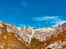 Montañas y colores.