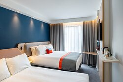 Enjoy a family break in Derry in our city centre hotel!