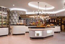 Le Meridien Club Lounge - Open Kitchen
