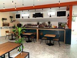 Inside/bar