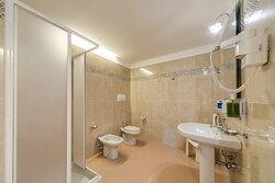 bagno camere superior tripla e quadrupla