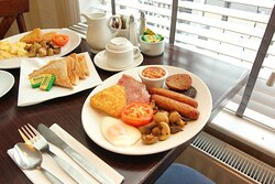 Complimentary Full Irish or Vegetarian Breakfast.