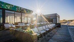 P4 Beach Lounge