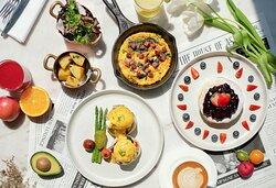 The St. Regis Bangkok Signature Breakfast at VIU