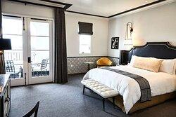 Granada King Guestroom