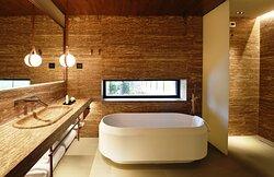 Grande Suite Lago Bathroom