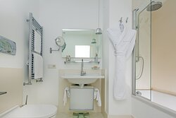 Romantic Room Bathroom