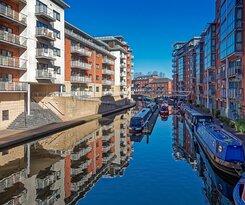 Birmingham Canal Basin