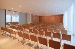 Studio Meeting Room - Theatre Style