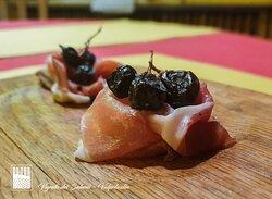 Vinappeso della Valpolicella con acini di uva.
