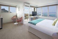 Jr Suite Ocean View Balcony King