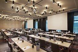 One of 12 meeting rooms at Holiday Inn Hamburg - City Nord.