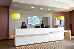 A warm welcome from our staff at Holiday Inn Frankfurt Airport.