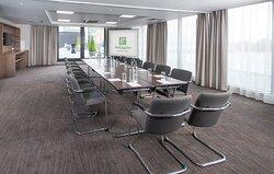 Skyline Suite - Boardroom set up