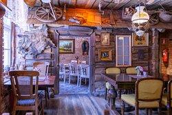 Fireplace room in Hansa Tall