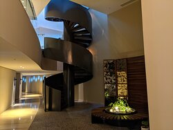 Wonderful contemporary desing at Thompson Main house
