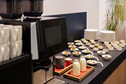 Expert catering of snacks and coffee, for meetings and events.