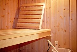Relaxed sauna