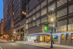 Our hotel is the perfect location for downtown nightlife