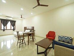 Studio Room  -  HighlySpacious living Room