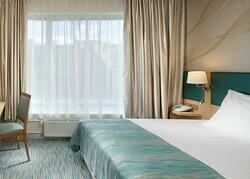 Standard Room Queen
