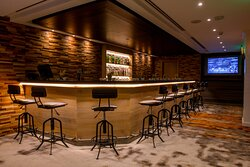 Scores Bar and Lounge