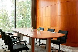 Libra Meeting Room Oval Table, Conference Setup
