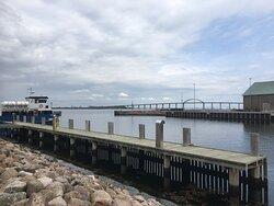Flot kig til broen som bringer bilerne til Tåsinge