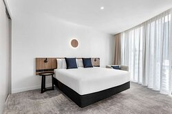 adina apartment hotel melbourne southbank two bedroom room master king