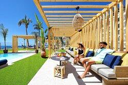 LA RIVIERA Beach Club