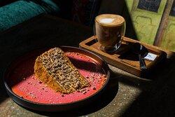 Десерты в Saperavi cafe