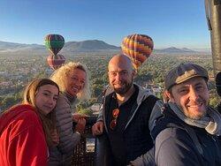 Experiencia ideal para toda la familia, disfruta del mejor viaje en Globo en Teotihuacán.