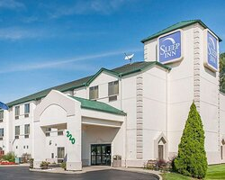 Hotel near Indiana Amish Country