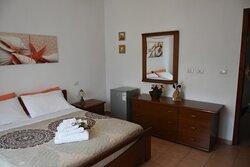Camera matrimoniale classica letto xl