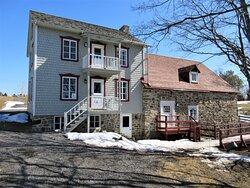La Maison du meunier et le moulin à eau qui date de 1825