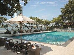 Swimming Pool - Krungthep Wing
