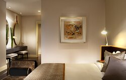 Bedroom Of Finlayson Suite (1 Bedroom)