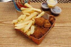 Nada como unos deliciosos Nuggets de pollo para el niño que tienes en casa, crujientes, jugosos y con un delicioso sabor.