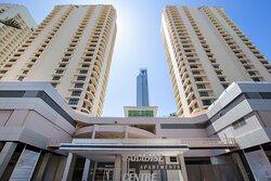 Paradise-Centre-Apartments-Surfers-Paradise-Exterior