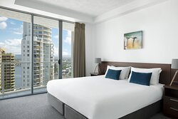 Mantra-Wings-Surfers-Paradise-1-Bedroom-Apartment-Bedroom