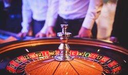 Casino Copenhagen - roulette dealer