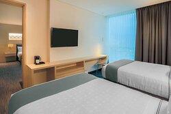 Standard 2 Queens Guest room