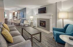 Living Room - Club Wyndham Newport Onshore