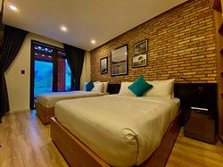 Twin bed room with balcony